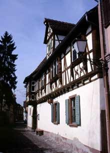 Wissembourg: le Musée Westerkamp. (La maison alsacienne)