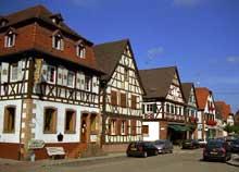 Woerth, rue principale. (La maison alsacienne)