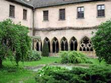 Colmar: le musée Unterlinden: le cloître