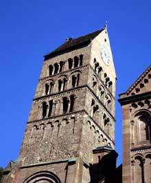 Gueberschwihr: le clocher roman