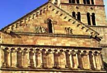 Murbach: détail du décor du pignon du chevet