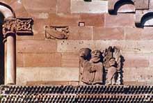 Murbach: sculpture du chevet. Le roi Melchisédech