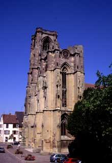 Rouffach: la façade de Notre Dame de l'Assomption