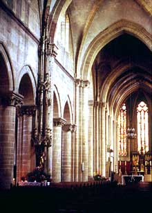 Rouffach: nef de l'église Notre Dame de l'Assomption