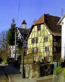 Sundgau: maison ancienne. (La maison alsacienne)