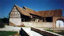 Ungersheim: ferme bas-rhinoise. (La maison alsacienne)