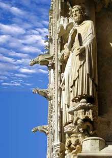 Amiens, la cathédrale. Détail du portail occidental