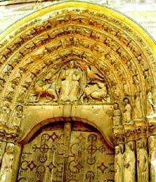 Angers: portail de la cathédrale saint Maurice
