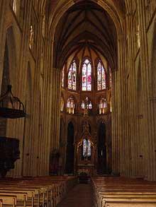 Bayonne: la cathédrale saine Marie: la nef