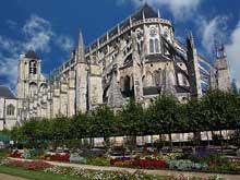 Bourges: la cathédrale. Vue du chevet