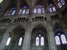 Bourges: la cathédrale. Elévation de la nef centrale