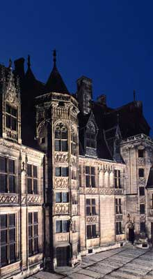 Bourges: l'hôtel Jacques Cœur, en style gothique flamboyant