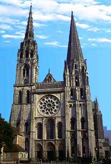 Chartres: cathédrale Notre Dame, vue générale