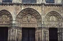 Chartres: cathédrale Notre Dame: le Portail royal
