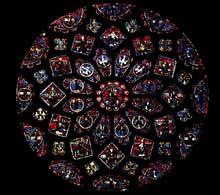 Chartres: cathédrale Notre Dame: vitrail du transept nord: mort et glorification de la Vierge. La rose