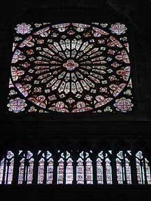La cathédrale Notre Dame de Clermont Ferrant. La grande rose