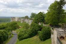 Le château de Coucy. Les remparts