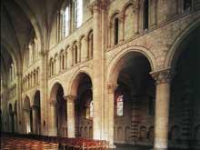 Le Mans: cathédrale saint Julien. La nef. Elévation