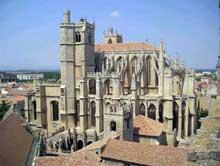 Narbonne: la cathédrale saint Just. Vue générale