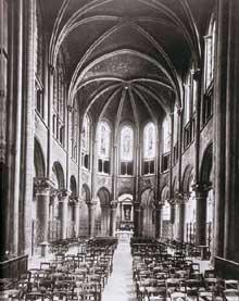 Paris, saint Germain des Prés: la nef et le chœur