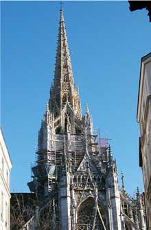 Rouen: saint Maclou. Tour de croisée