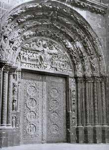 Saint Denis: l'abbaye: la nef