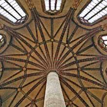 Toulouse, l'église des Jacobins. La célèbre voûte en palmier