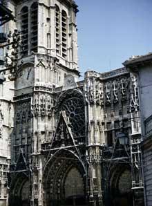 Troyes, cathédrale saints Pierre et Paul. Façade