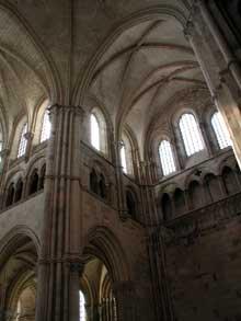 Vezelay, basilique saint Madeleine. Le chœur