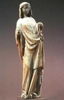 Vierge et enfant. Ivoire français, vers 1270-1280. The Metropolitan Museum of Ar