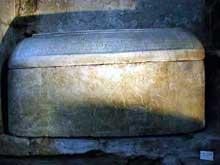 Abbatiale saint Pierre de Vienne: sarcophage de saint Léonien, VIè