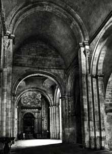 Aix en Provence: église romane du Corpus Christi