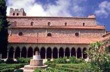 Arles sur Tech: cloître de l'abbatiale sainte Marie, XIè