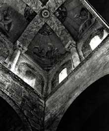 Aubiac, sainte Marie (XIIè): la tour - lanterne