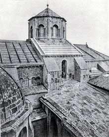 Avignon: Notre Dame des Doms, cathédrale romane du XIIè