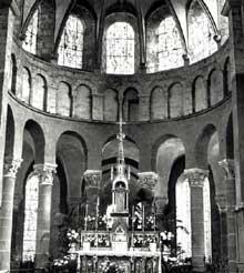 Beaugency, église abbatiale Notre Dame: l'abside