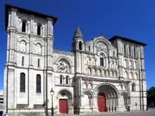 Bordeaux: l'abbaye de Sainte Croix: la façade