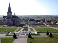 Saint Martin de Boscherville: l'abbatiale Saint Georges. Vue générale