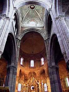 Brioude, église saint Julien: croisée et chœur