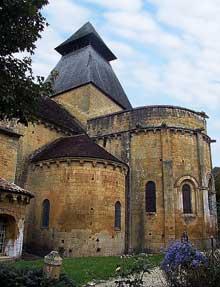 Cadouin (Dordogne): le chevet de l'abbatiale