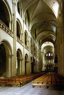 Caen, abbaye saint Etienne ou «abbaye aux Hommes». La nef centrale