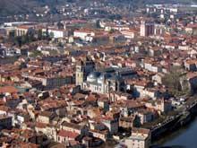 Cahors, la cathédrale saint Etienne. Vue générale