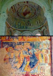 Chalivoy Milon en Cher: église saint Martin. Le Christ en gloire de l'abside et le baiser de Judas. Fresques.