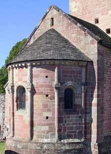Champ le Duc (Vosges): l'église romane. L'abside