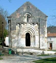 Chancelade (Dordogne): l'abbaye. Chapelle romane