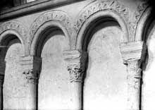 Ch�teaudun (Eure et Loire)�: �glise sainte Madeleine. Arcade du bas cot� sud