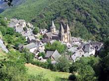 Conques en Aveyron: Sainte Foy, vue générale
