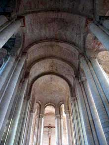 Cunault (Maine et Loire): l'église Notre Dame. Le chœur et ses travées