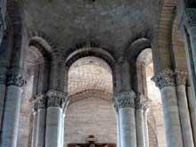 Cunault (Maine et Loire): l'église Notre Dame. Le chœur
