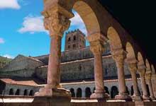 Saint Michel de Cuxa: le cloître et l'abbatiale